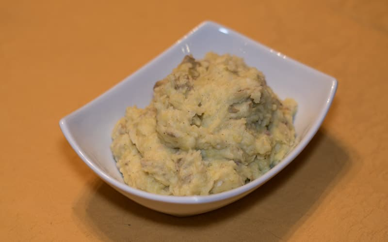 White Cheddar Mashed Potatoes