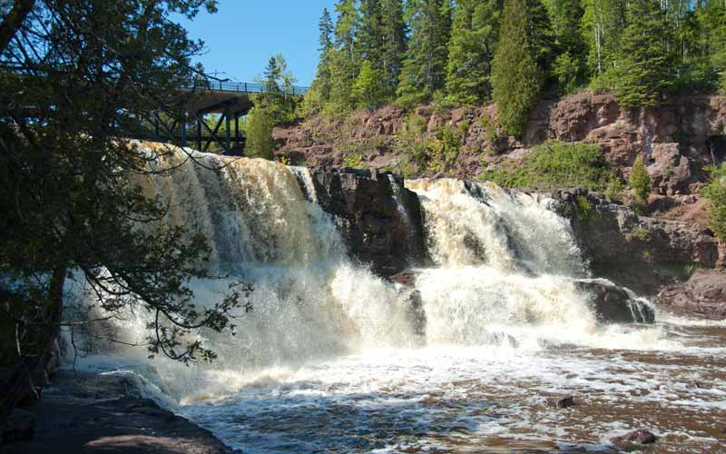 The North Shore is filled with stunning pine forests and beautiful waterfalls