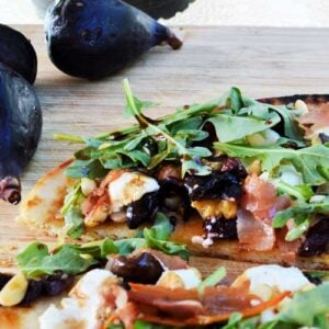 Grilled Fig Naan Flatbread Recipe