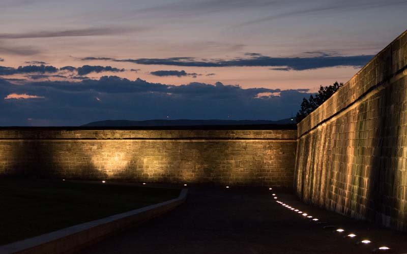 Evening along the walls