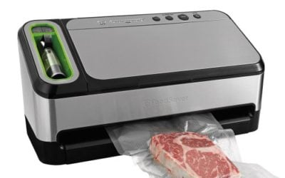 FoodSaver 2-in-1 Vacuum Sealing System with Starter Kit
