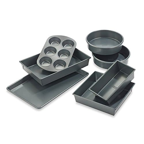 Chicago MetallicTM Professional 7 Piece Bakeware Set With Armor Glide Coating