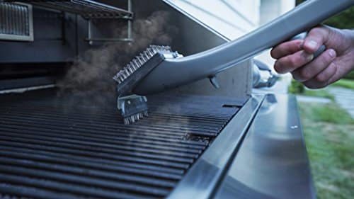 Grill Daddy Pro Grill Brush Cleans BBQ Easily With The Power Of Steam Without Harmful Chemical Solutions For Use On All Stainless Steel, Iron & Porcelain Barbecue Grates