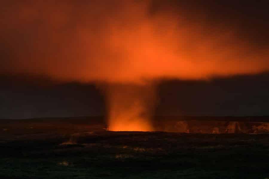 Halema'uma'u crater at night