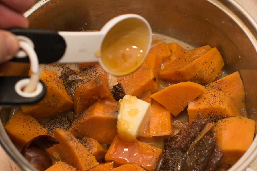 Adding Honey To Sweet Potatoes