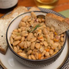 White Beans With Bread