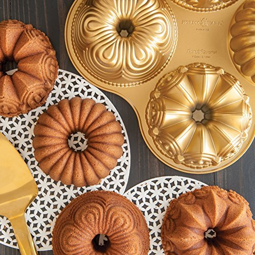 Nordicware 9 Cup Bundt Quartet Pan 0 1