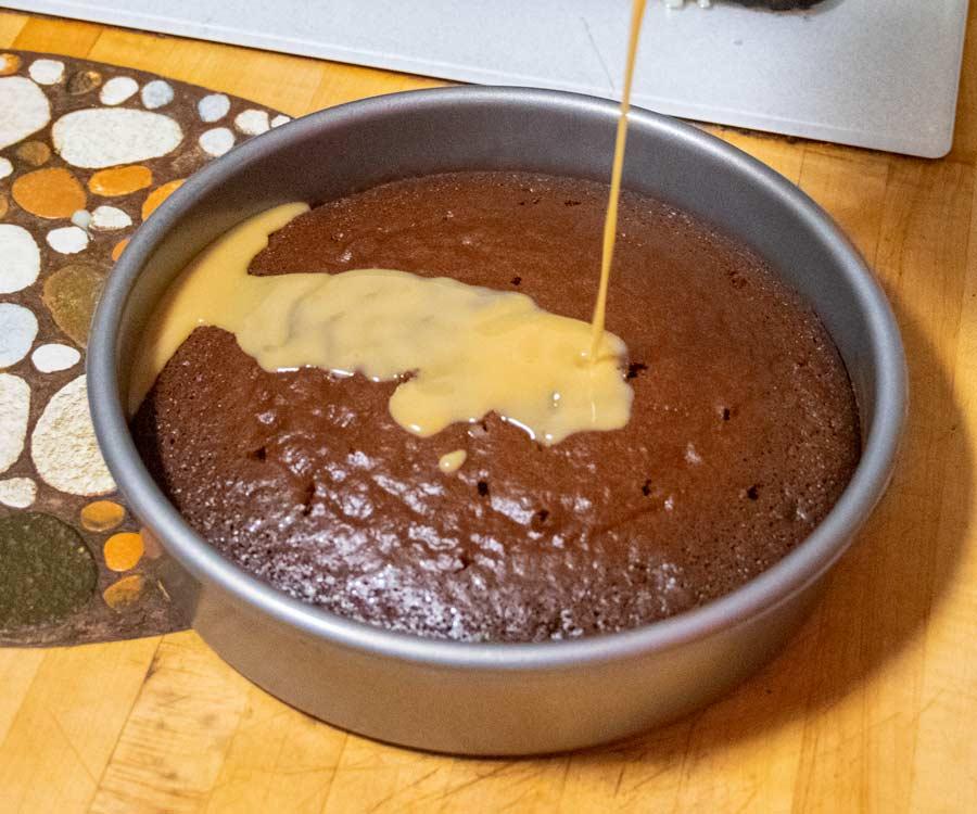 Adding Carmel Sauce